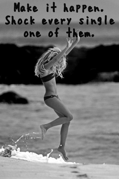 strand fitspiration in de golven