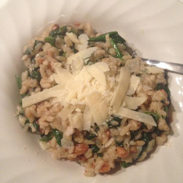 Eetdagboek risotto met spinazie en noten