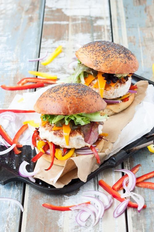food friday hamburgers met paprika