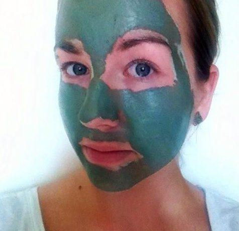 Review Groene klei masker de tuinen aangebracht