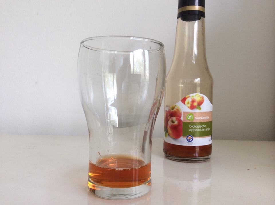 Lange gezonde lokken zonder shampoo appelciderazijn