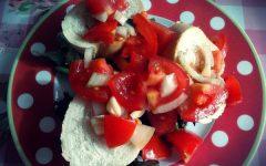 Recept: Vegalicious Bruschetta met tomaat | Feel Magazine